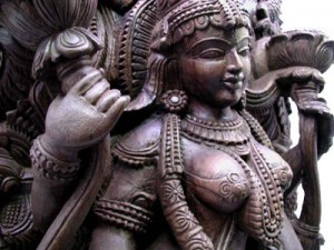 website_shakti_lakshmi_closeup